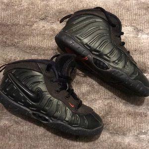 Nike Shoes - Nike Foamposite (toddler)